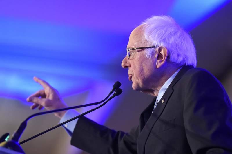 Democratic presidential candidate U.S. Sen. Bernie Sanders, I-Vt. speaks at a South Carolina Democratic Party dinner in Charleston, S.C. (AP Photo/Meg Kinnard)
