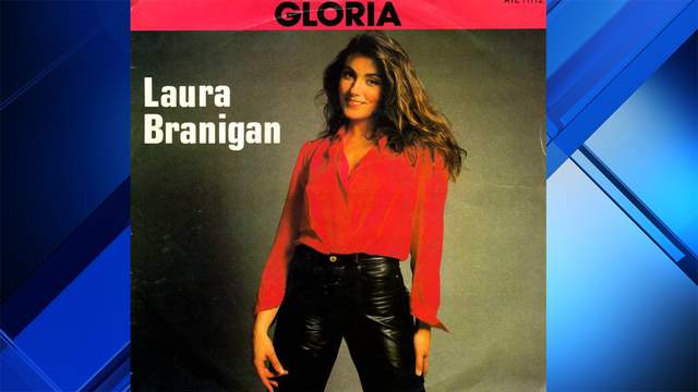 """""""Gloria"""" singer Laura Branigan died in August 2004. The Associated Press recently revealed that she died at the age of 52 and not 47, as had previously been reported in her original obituary."""
