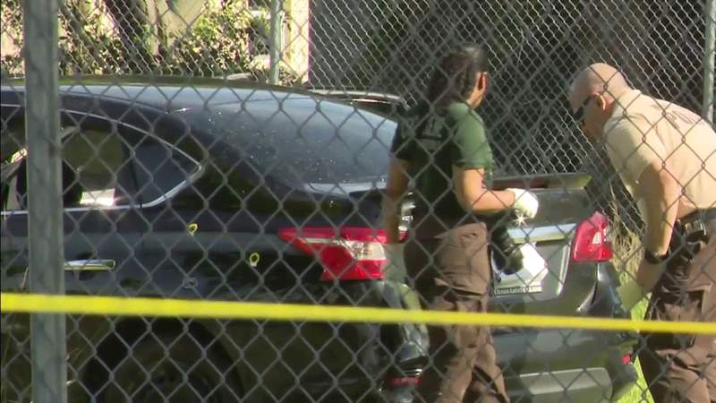 2 people in critical condition after northwest Miami-Dade shooting