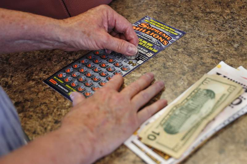It's always fun to hear about the lucky lottery winners who decide to share their fortune.