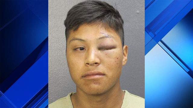 Witnesses detained Henrry Gonzalez-Thomas, 18, after he attacked a woman, deputies said.