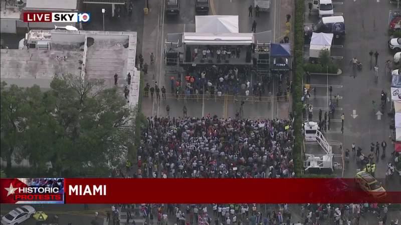 More SOS Cuba protesters arrive at Calle Ocho for Little Havana concert