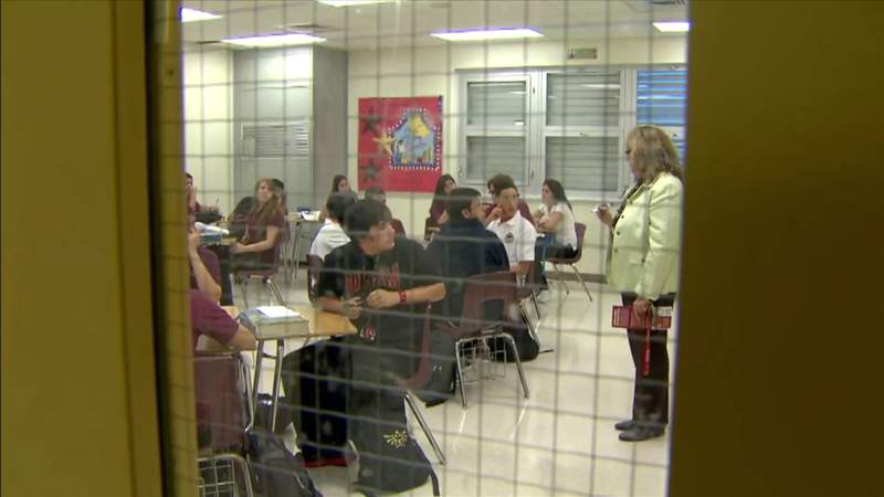 Broward public schools adjust to an additional 21,000+ students returning to classroom desks