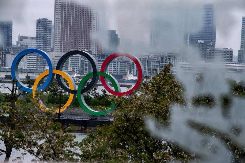 "A general view shows the Olympic Rings at Odaiba waterfront in Tokyo on April 20, 2020. - A Japanese expert who has criticised the country's response to the coronavirus warned on April 20 that he is ""pessimistic"" that the postponed Olympics can be held even in 2021. (Photo by Philip FONG / AFP) (Photo by PHILIP FONG/AFP via Getty Images)"