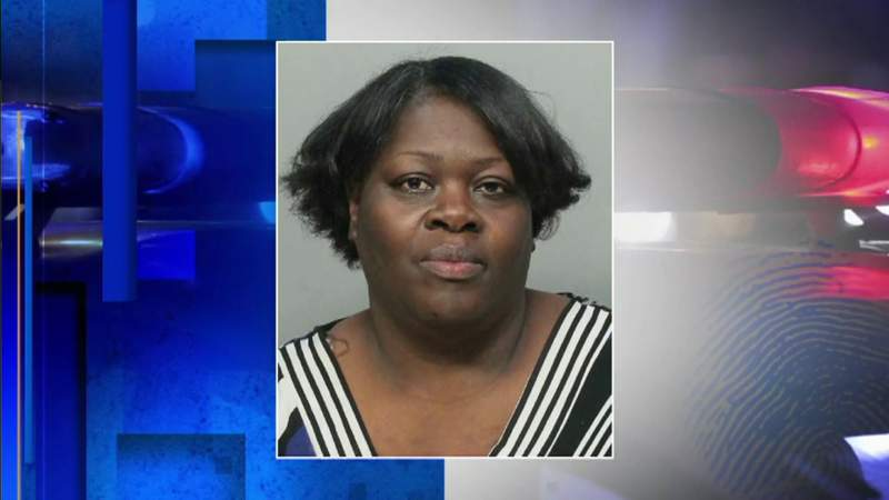 Former city employee arrested for pocketing licensing fees, prosecutors say