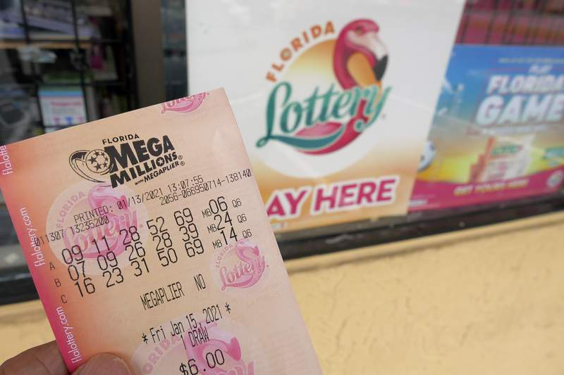 There hasn't been a winner for the $1 billion Mega Millions prize yet, but South Florida has had a few lucky lottery players recently.