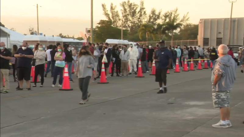 Hundreds line up to get vaccines as Miami Dade College North site switches to J&J
