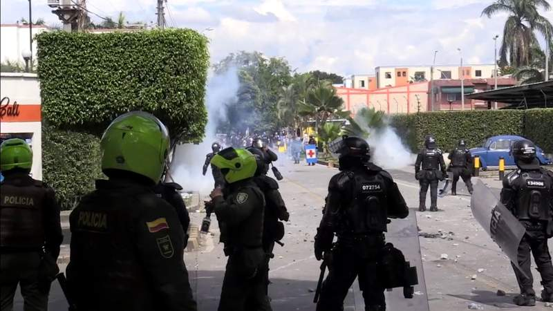 Colombian authorities reopen highways following violent protests