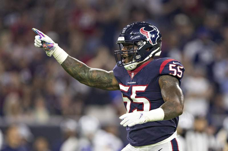 Benardrick McKinney of the Houston Texans celebrates after a sack during the second half of a game against the Dallas Cowboys at NRG Stadium on October 7, 2018 in Houston, Texans.