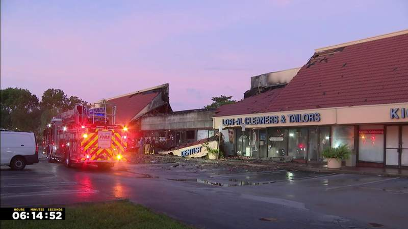 Strip mall in Coral Springs badly damaged by overnight fire