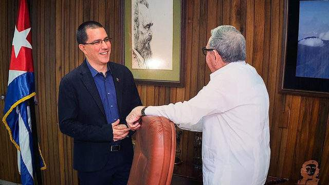 Venezuela's foreign minister Jorge Arreaza shared this photograph Tuesday on Twitter showing him during a meeting with Raul Castro in Havana.