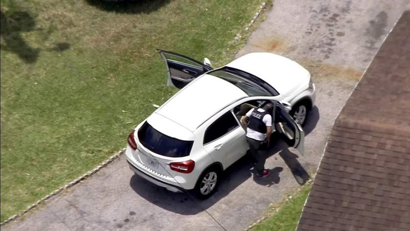 Man shot in suspected road-rage incident in Miami-Dade