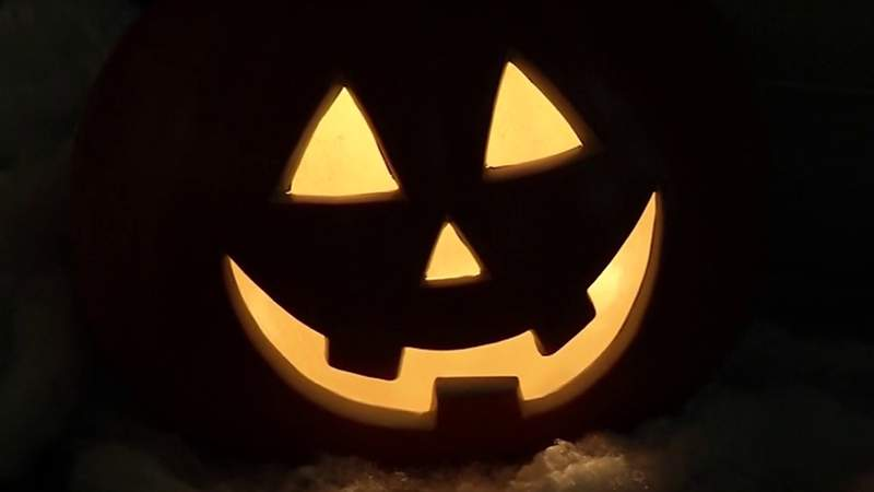 Going trick-or-treating this year? Here are some suggestions for a safe Halloween