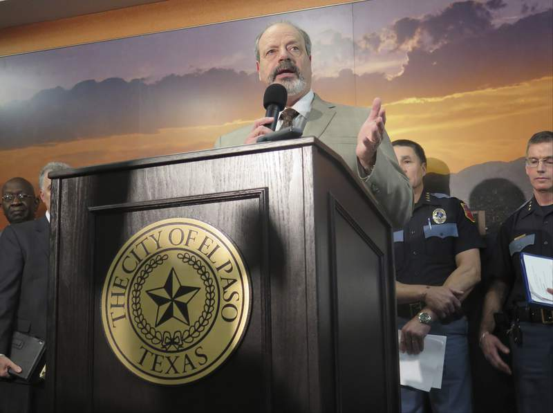 FILE - El Paso Mayor Oscar Leeser speaks during a city meeting on Tuesday, Jan. 26, 2016, in El Paso, Texas. El Paso residents have elected a new mayor, handing a defeat to incumbent Mayor Dee Margo in favor of his predecessor, Oscar Leeser, in a runoff race defined by the citys coronavirus crisis. Leeser, who was mayor of the West Texas city on the Mexican border from 2013 through 2017, won with an overwhelming 82% of the vote, according to El Paso County's unofficial tally. (AP Photo/Astrid Galvan, file)