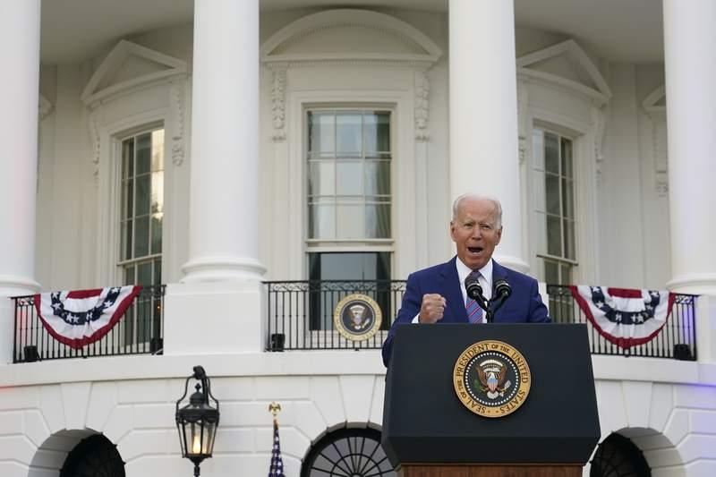 El presidente Joe Biden da un discurso durante la celebracin por el Da de la Independencia en la Casa Blanca, el domingo 4 de julio de 2021, en Washington. (AP Foto/Patrick Semansky)