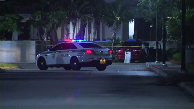 Shooting in Kendall kills 3, injures 6 others