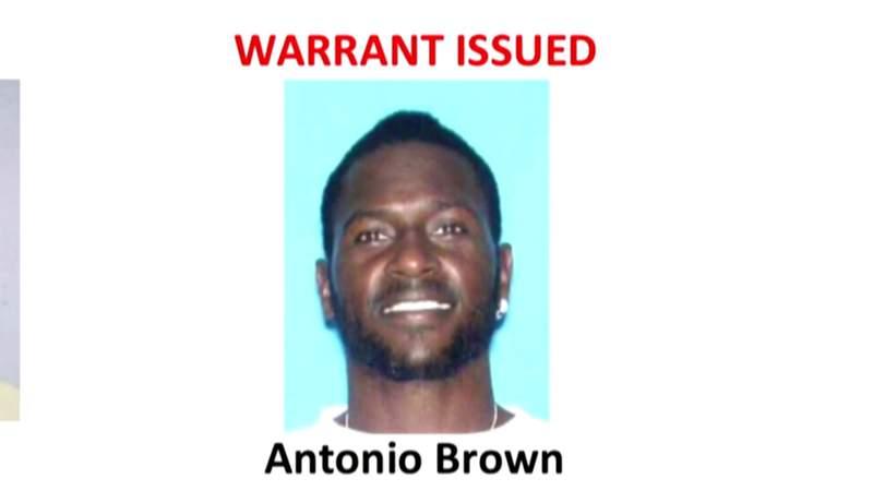 NFL star Antonio Brown surrenders in Broward