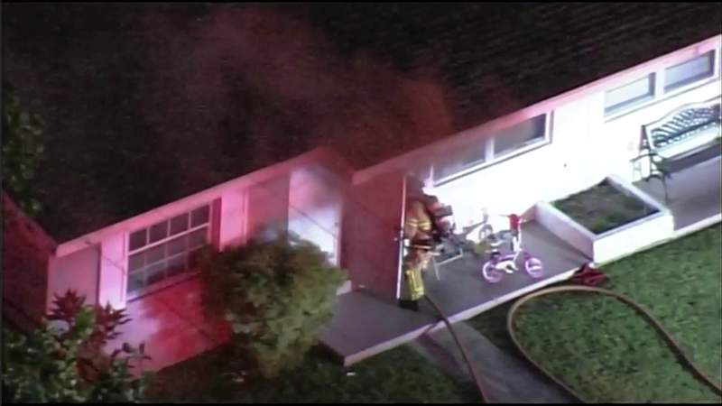Family escapes during house fire in Miami Gardens