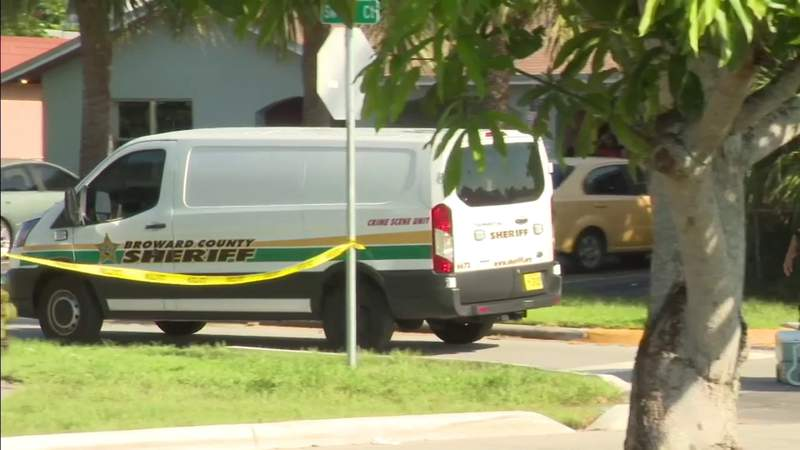 Man hospitalized after seemingly random shooting in North Lauderdale