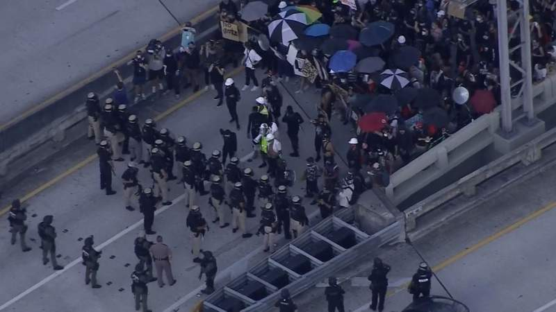 Downtown Miami protest disrupts traffic on Friday