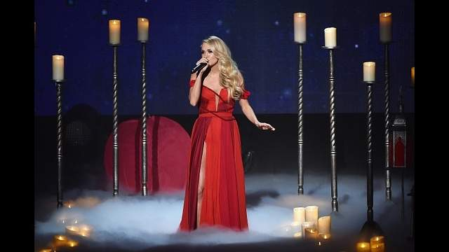 Carrie Underwood performs onstage during the 2015 American Music Awards.