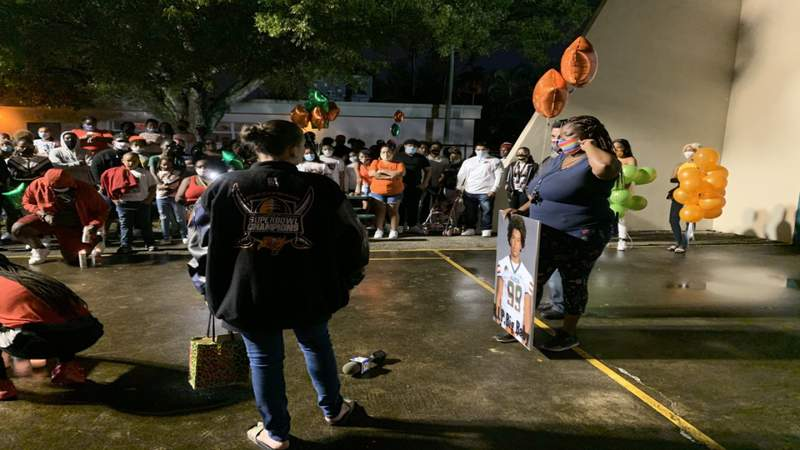 Vigil honors McArthur High football standout killed in I-95 crash